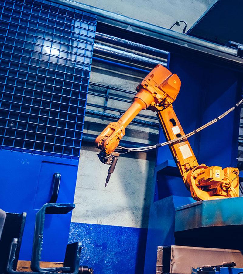 Roboty przemysłowe i stanowiska zrobotyozwane